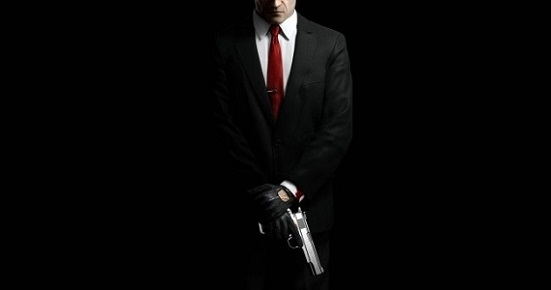 hitman_absolution_suit_gun_front_view_65