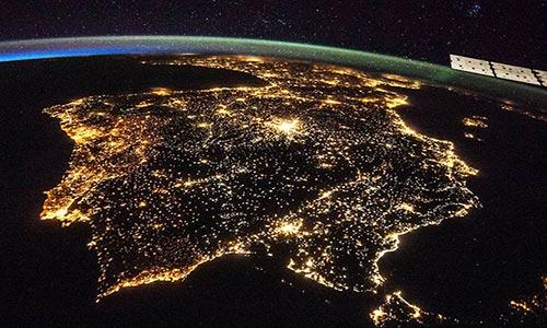 موفقیت پژوهشگران در تولید انرژی برق از آسمان شب