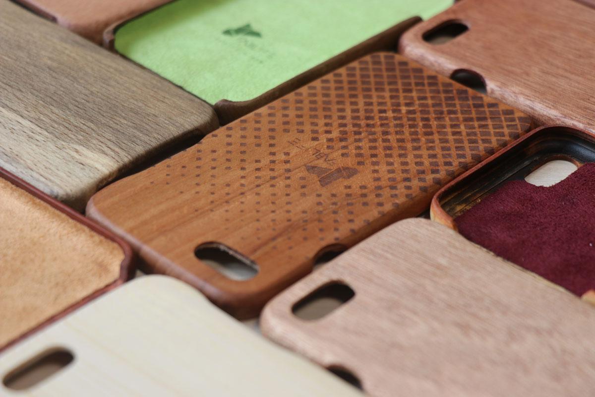 قاب چوبی موبایل فبزی