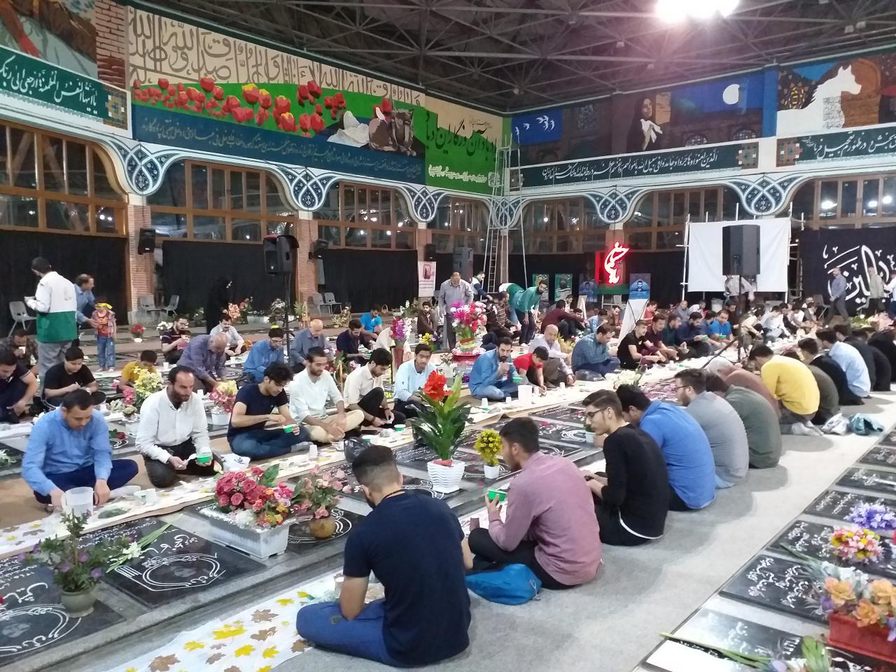 بیش از  ۲۰۰۰۰ گیلانی متنعم از سفره اکرام رضوی