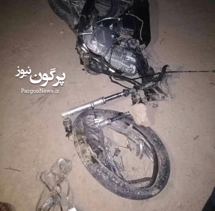 تصادف پراید با موتورسیکلت در محور قیر-جهرم