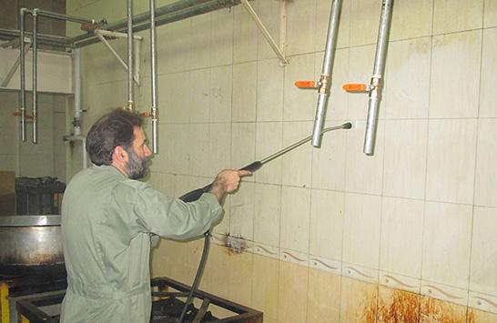 نظافت محل تهییه و توزیع عذا