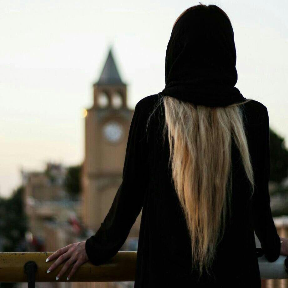 http://s8.picofile.com/file/8367285534/z7_Sebnem_Qehremanova_Canimi_Canan_Apardi_Getdi_.jpg