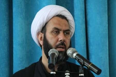 خطبههای نماز جمعه در عربستان فرمایشی است اما خطیب جمعه در ایران در بیان سخنان خود آزاد است