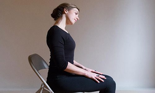 تقویت عضلات گردن با ورزش و حرکات کششی