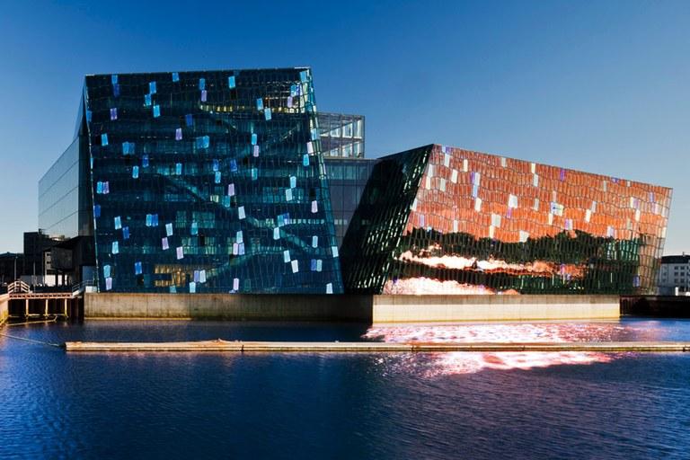 از آثار برجسته معماری - سالن کنسرت و کنفرانس هارپا در آیسلند